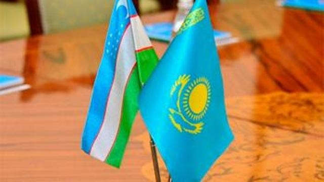 Өзбекистан ҳәм Қазақстанның ири қалалары автобус қатнаўы арқалы байланысады